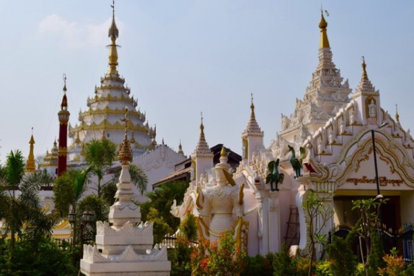 Pagode à Mandalay