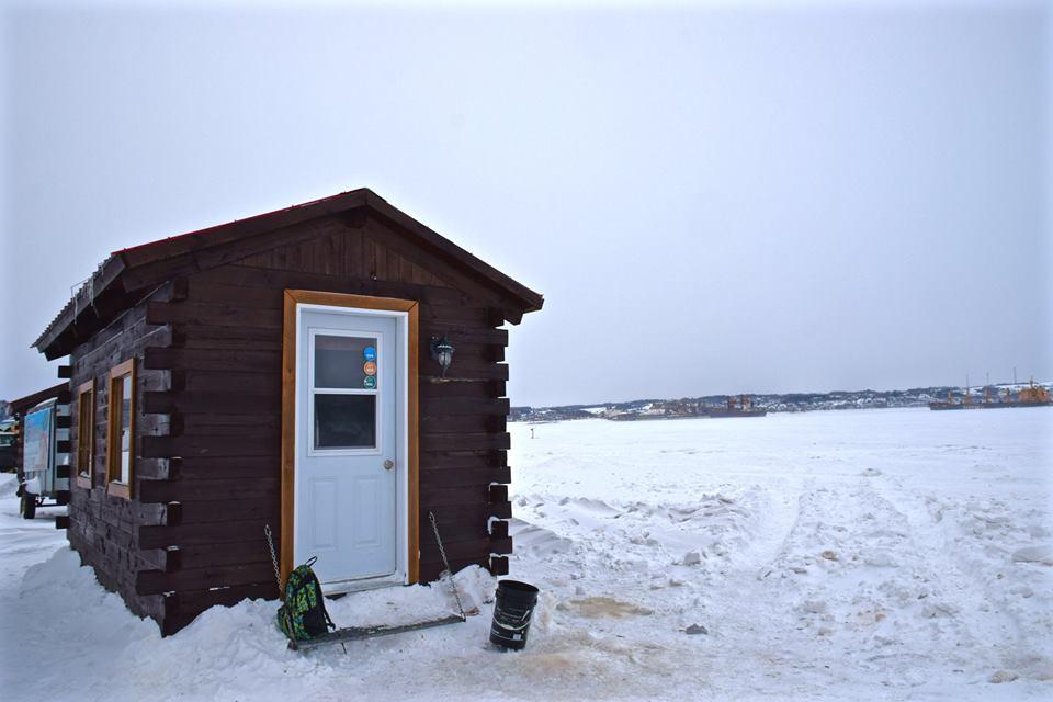 Le Saguenay en hiver et la pêche blanche sur La Baie