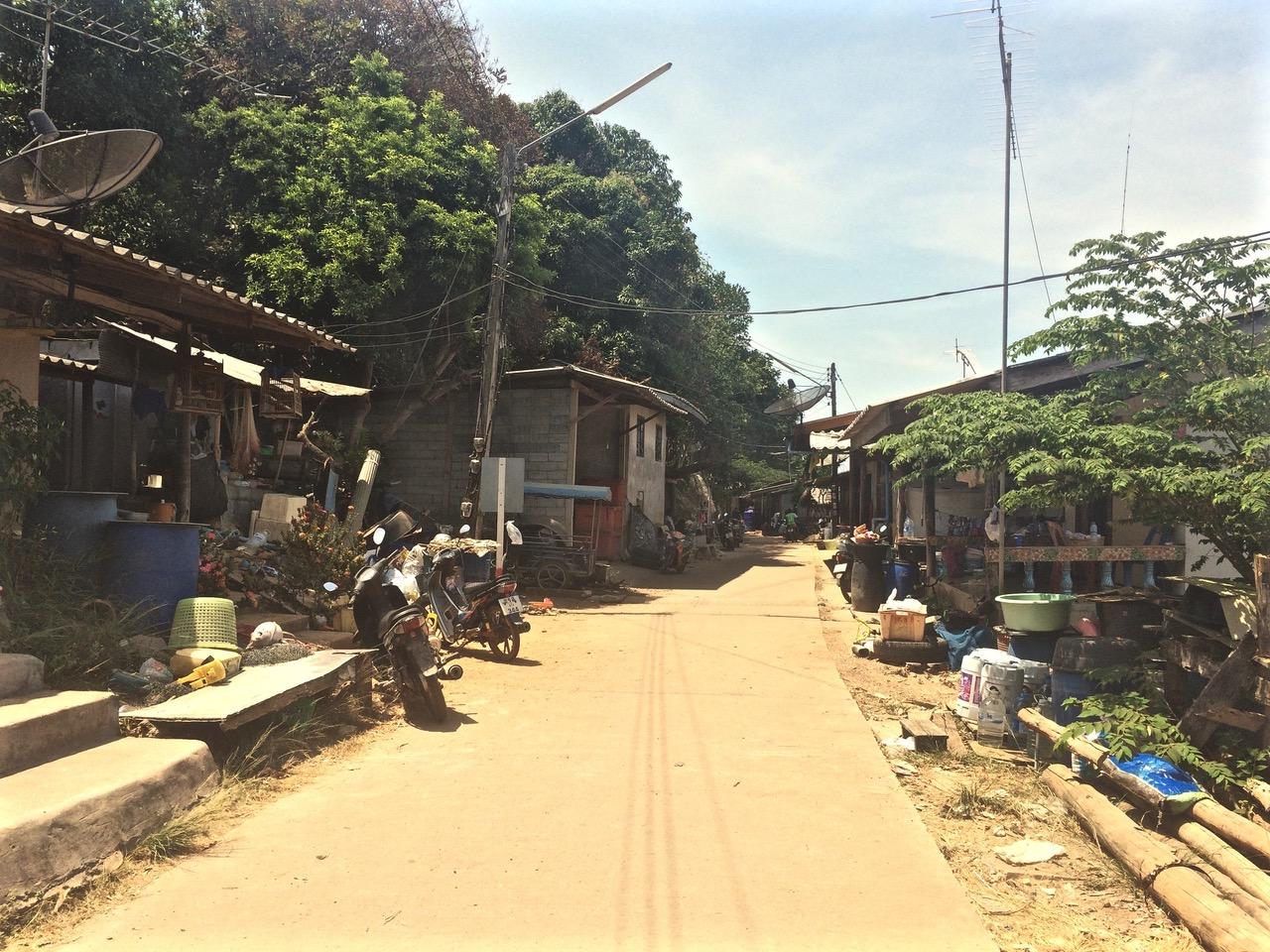Choisir l'île de Koh Lanta et visiter les villages de gitans des mers