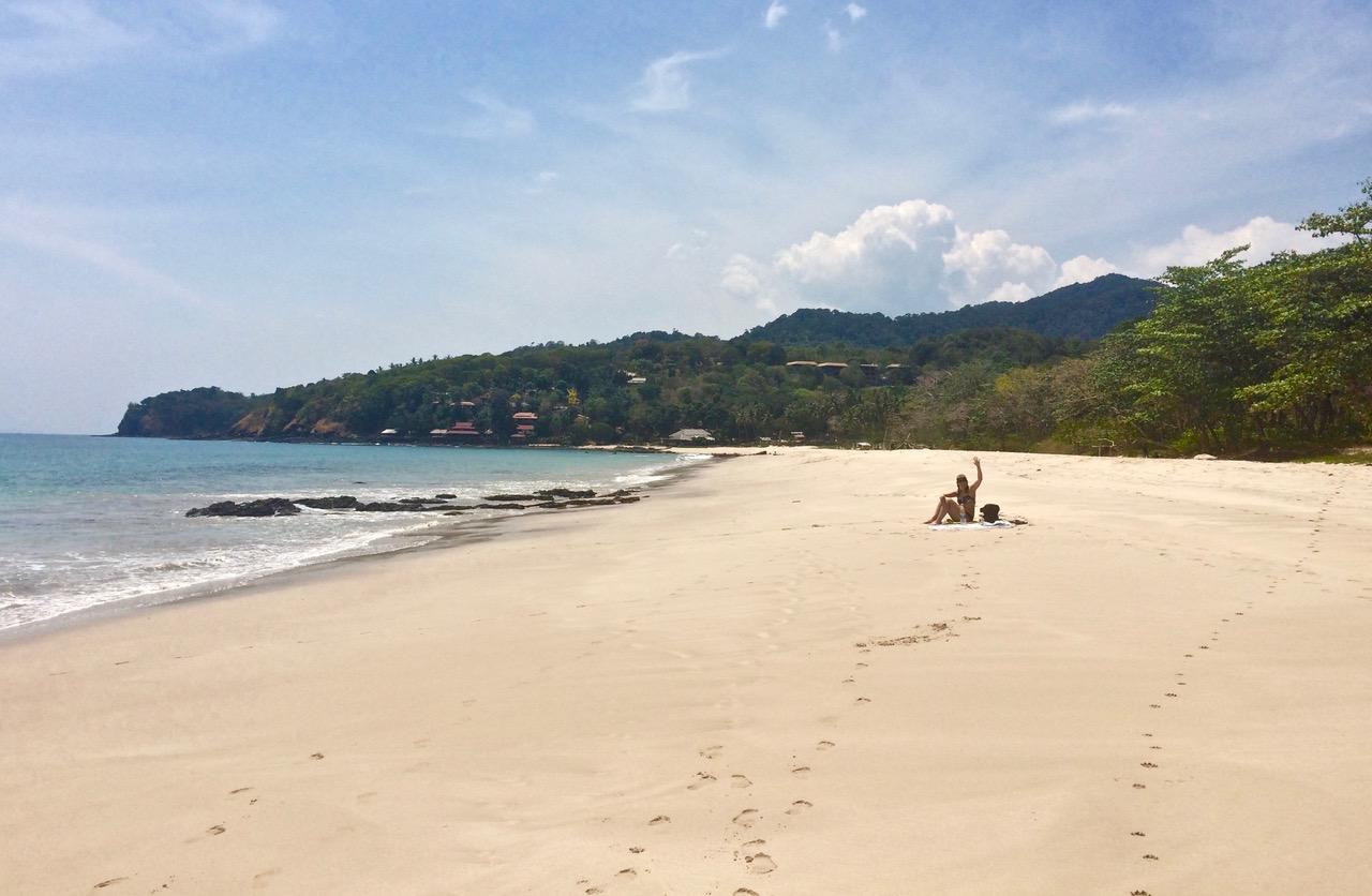 Les plages désertes de l'île de Koh Lanta
