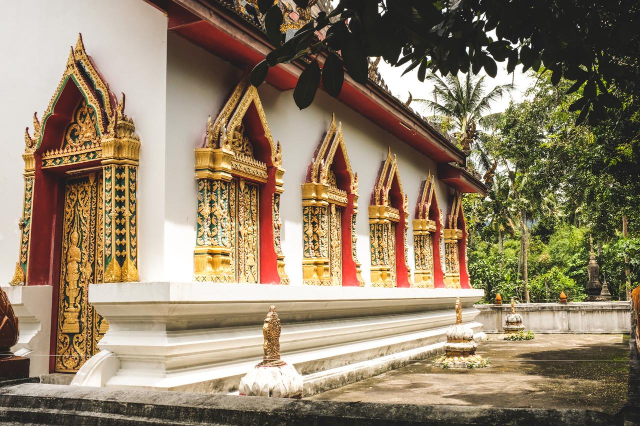 Quoi faire à Koh Phangan en Thaïlande? Visiter le temple.