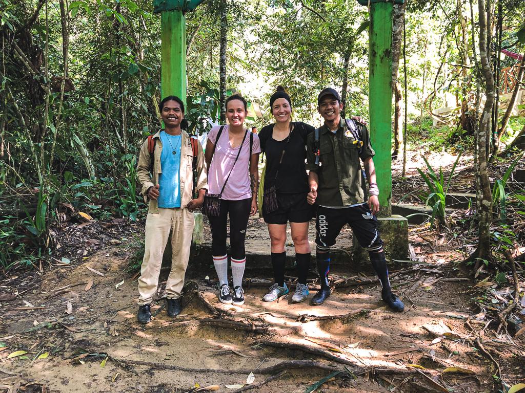Nos guides pour le trek à la rencontre des orangs-outans de Sumatra