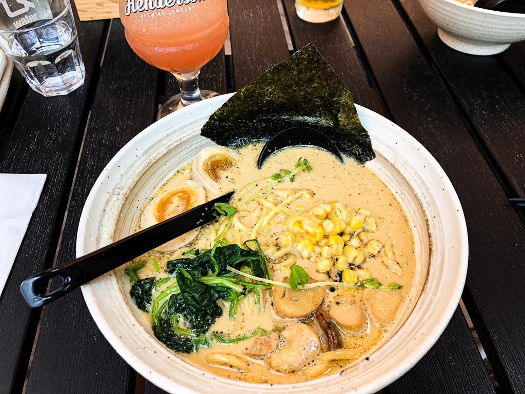 Manger asiatique à Toronto